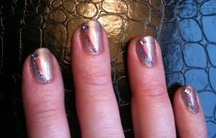 Swooshiga naglar