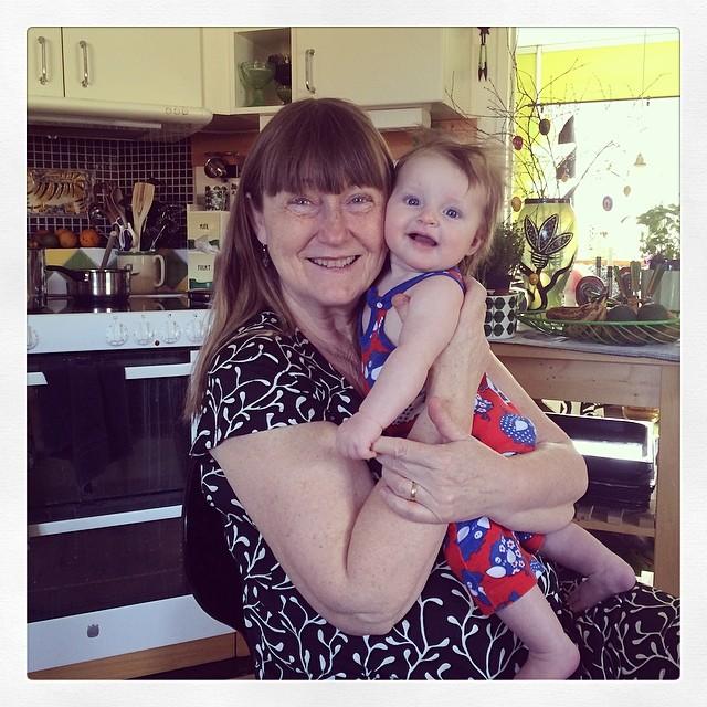 Ada och mormor @gaggas #adabebisen