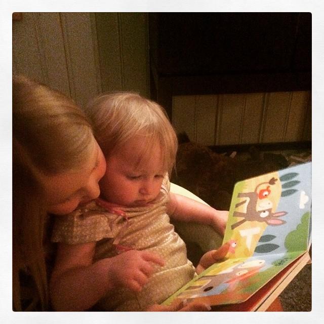 Min guddotter och min dotter. #kärlek