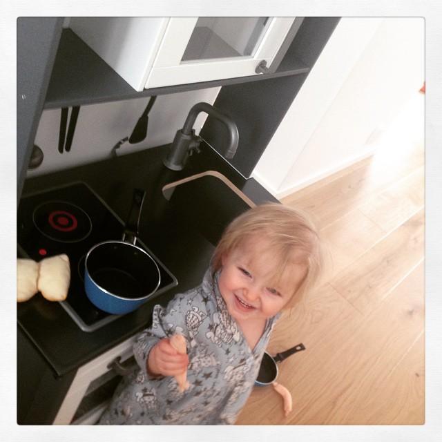 Ada älskar sitt nya kök! #ikeaduktig