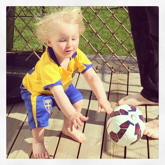 Har tydligen ett barn som älskar bollar… #adabebisen